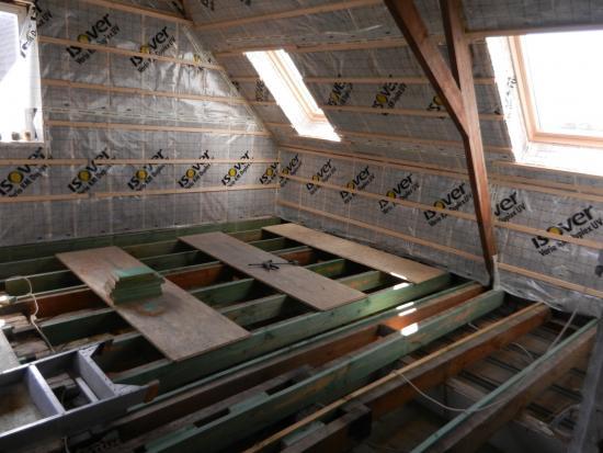 Houten Vloer Veert : Houten plafond versterken? bouwinfo