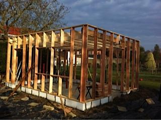 Hsb tuinhuis vragen stijlen dak hoh en later andere for Houtskelet schuur