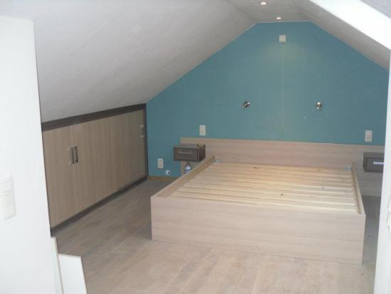 verlichting schuin plafond stunning slaapkamer op zolder