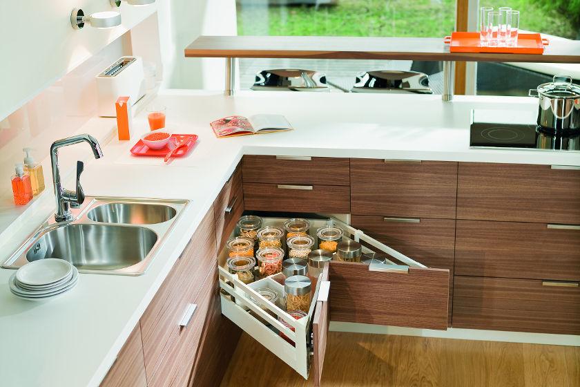Verbazingwekkend Keuken | Blum maakt komaf met onhandige hoekkasten | Bouwinfo VK-32