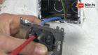 Draden van oud stopcontact verwijderen