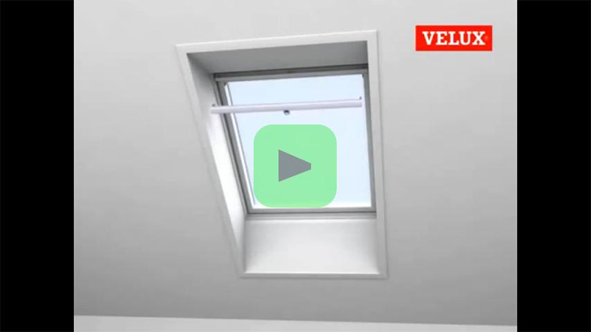Velux Zonwering Badkamer : Montage van rolgordijnen op een velux raam bouwinfo